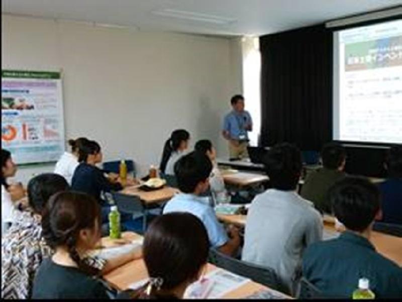 農業と環境に関する研究を第一線で行っている研究員の方々に講演いただき、講義や実験・実習の内容をより具体的な問題に結びつけられた。