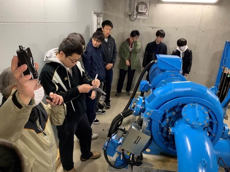 <清流発電所>最大発電出力:63KW、総事業費:2億4千万円 2015年に運用開始。