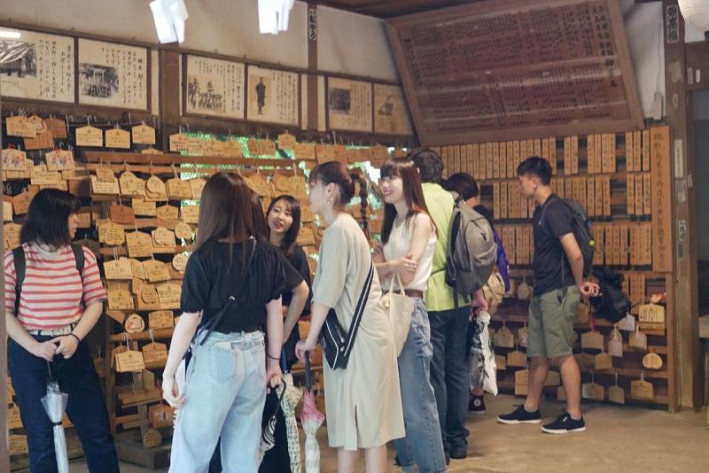 桃太郎神社を見学