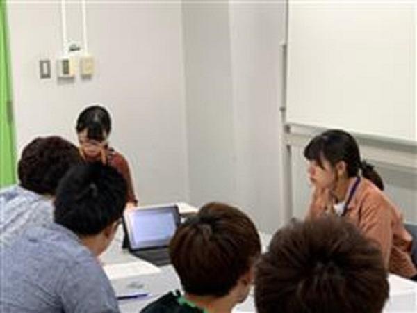 iPADでの講義の様子(10月16日)