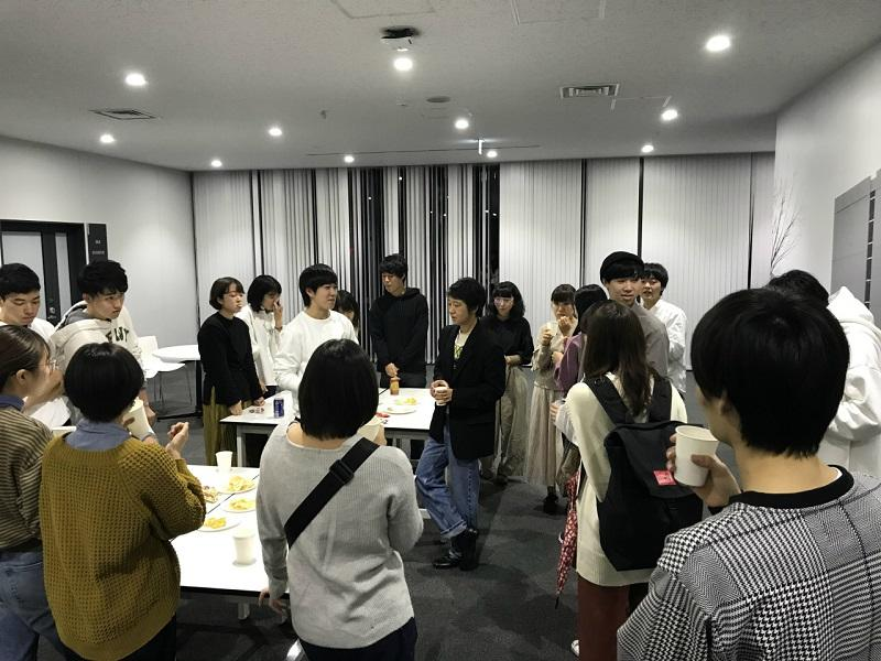 3.講義後の懇親会の様子