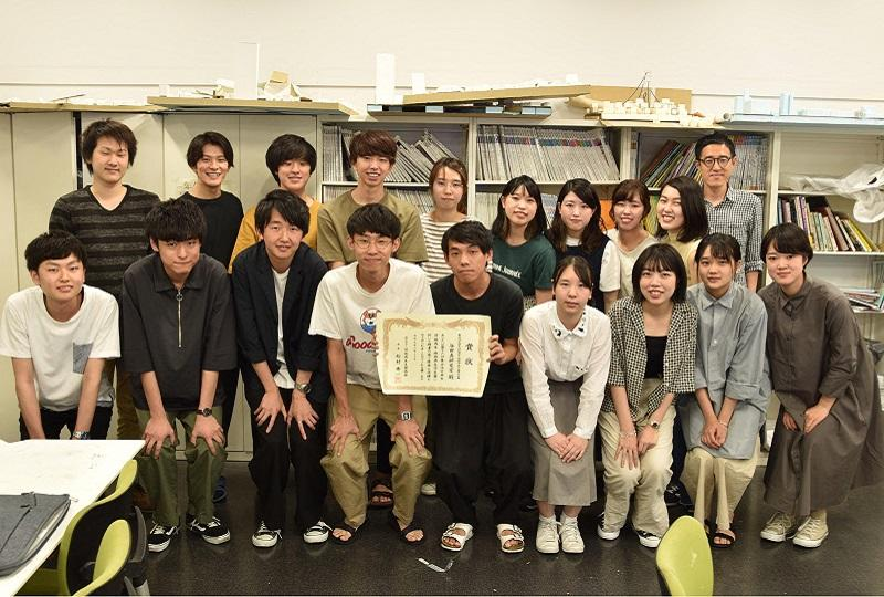 第16回「集合住宅・団地再生学生賞(実践部門)」にて最優秀賞を受賞した。