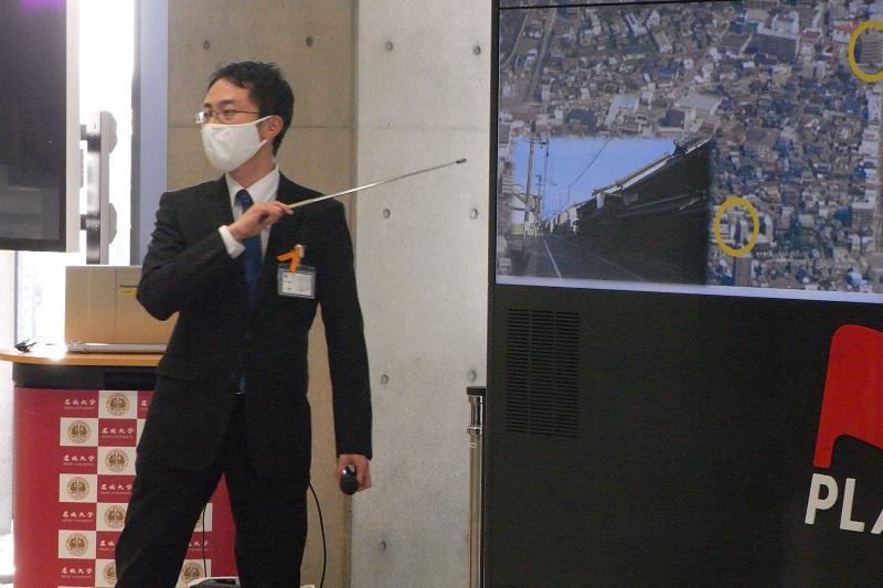 美濃加茂市役所理系代表の大梅さん。シニカルな佇まいや口調は癖になります。