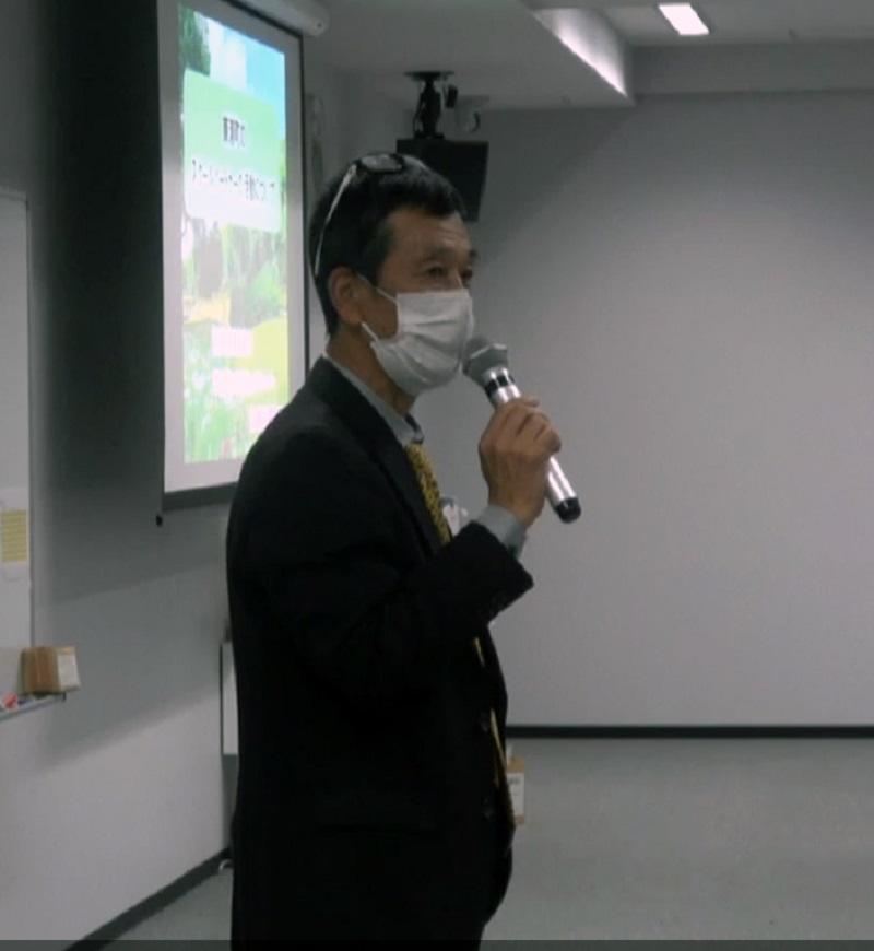 加藤初男氏