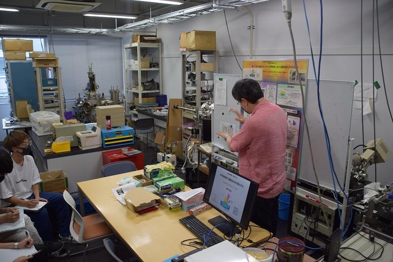 触媒材料の微細構造評価に関する研究室の説明