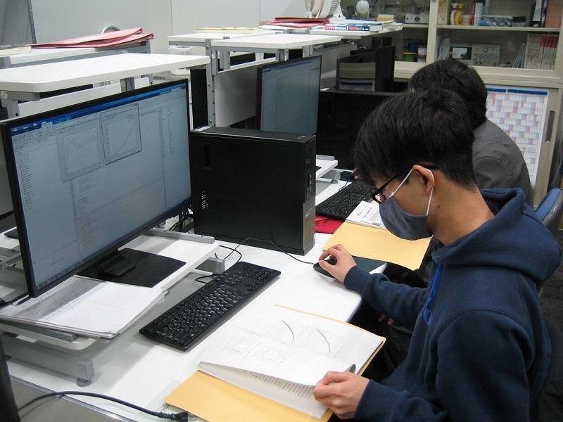 電気電子工学科卒業研究(コヒーレントな電子線による計数画像のデータ解析)