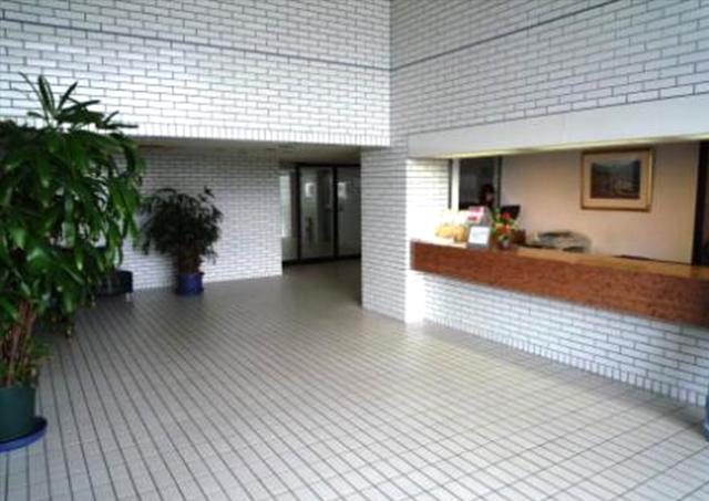 ロビー(寮入口)