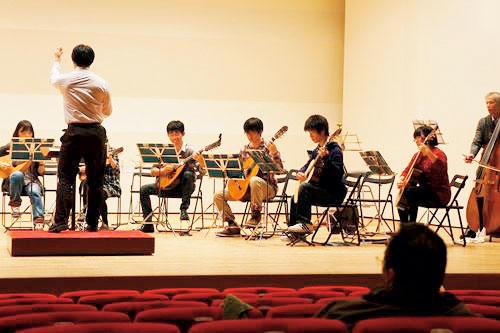 [文化会]ギターマンドリン合奏団
