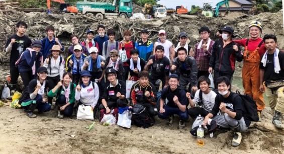 朝倉市での活動後の集合写真