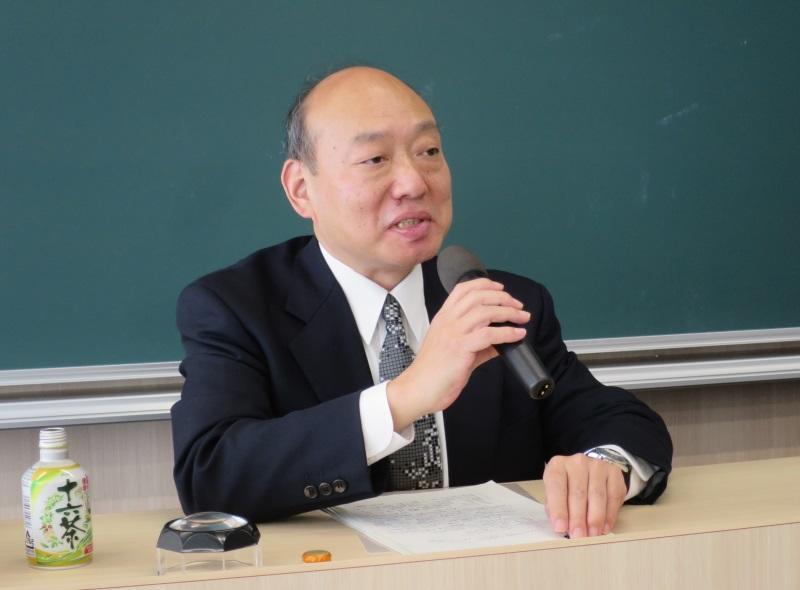 講演する石川義久さん