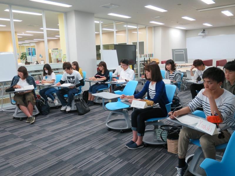 ワークショップに参加した学生たち