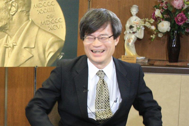 恩師の赤﨑教授とともに「ナビゲーション」に出演した天野教授