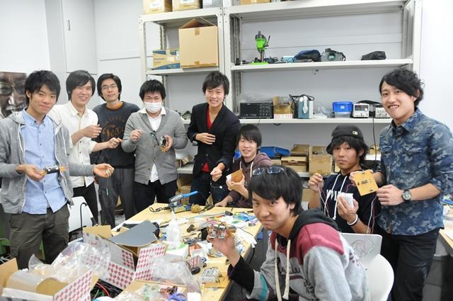コンテストに参加する学生たち