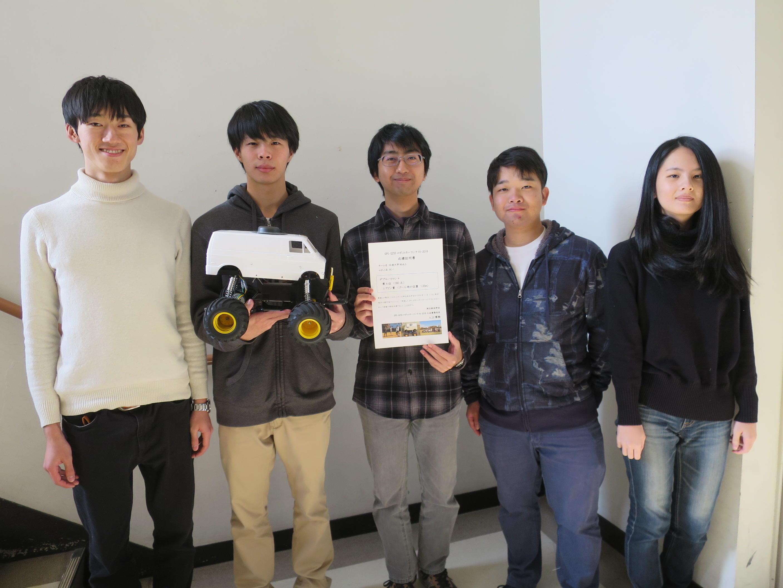 (左から)小田さん、保田さん、荒川さん、山田さん、大竹さん