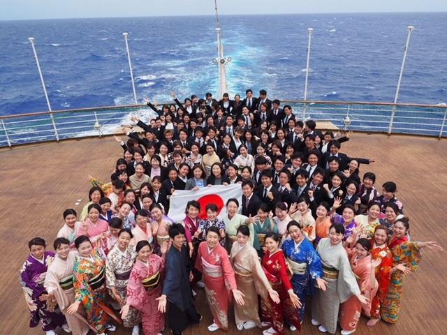 日本代表青年の集合写真(2月18日)