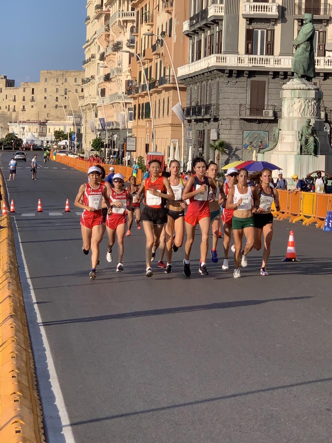 ナポリを快走する加世田選手