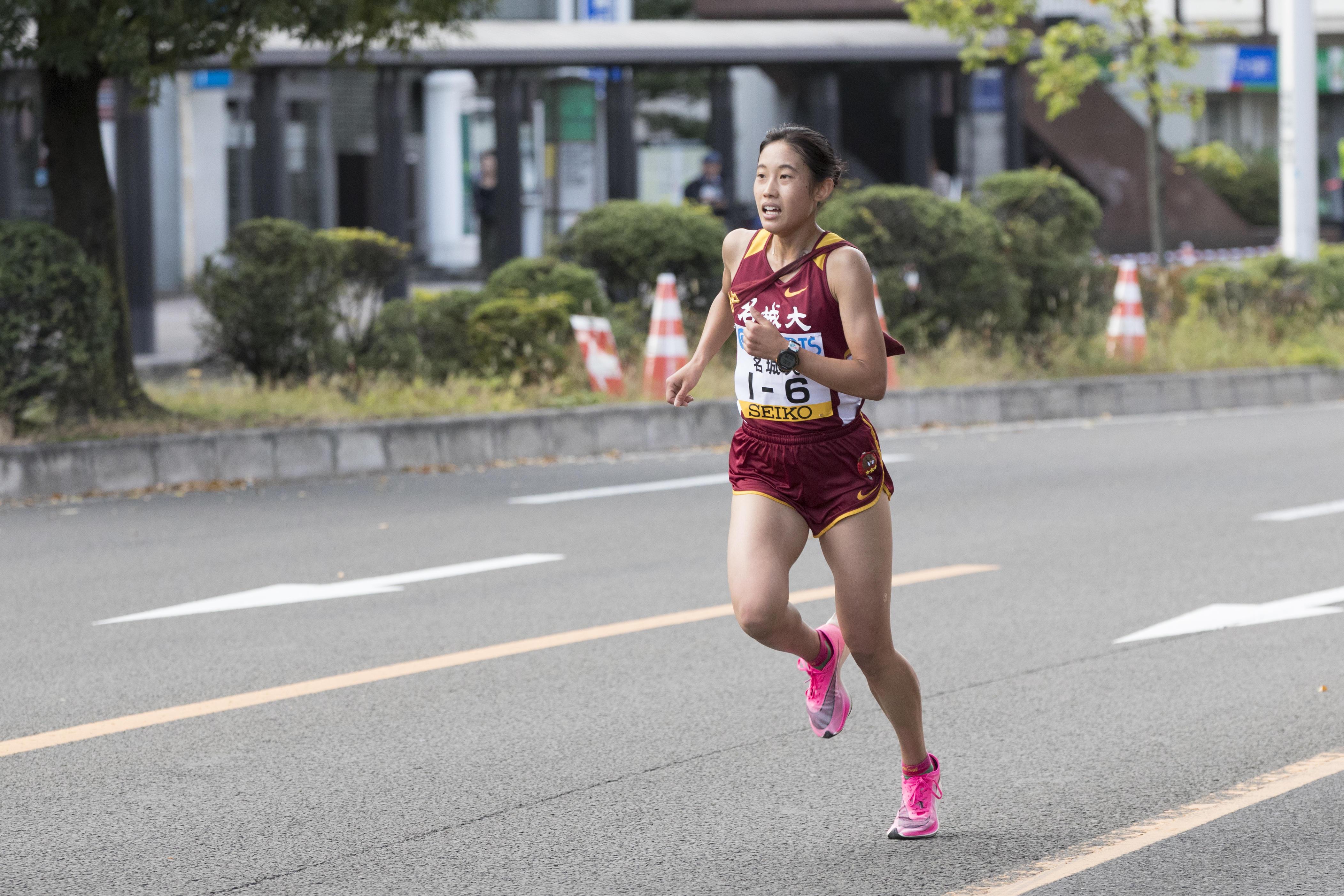 1年生ながらアンカーを任された6区荒井優奈選手