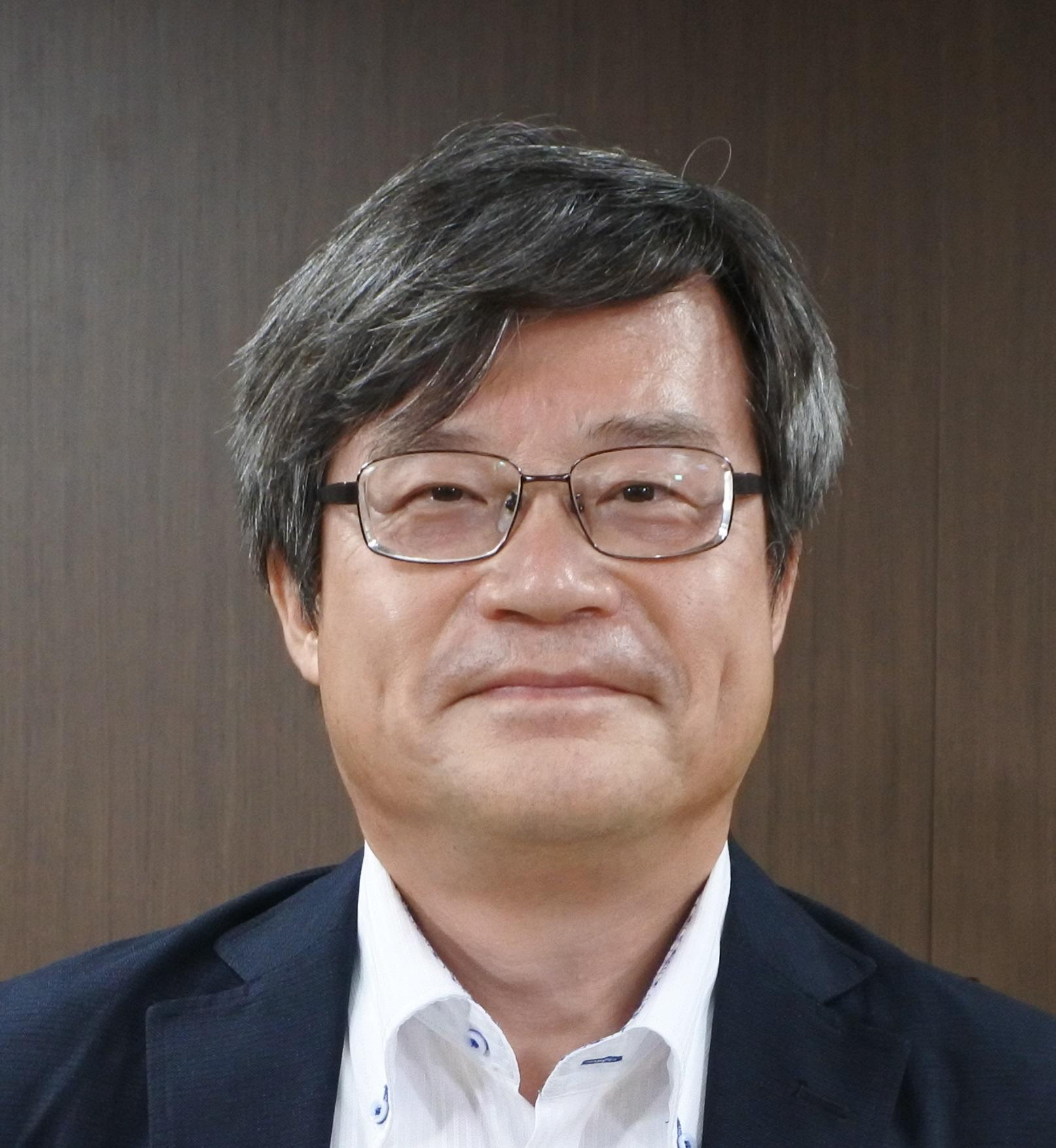 天野浩特別栄誉教授