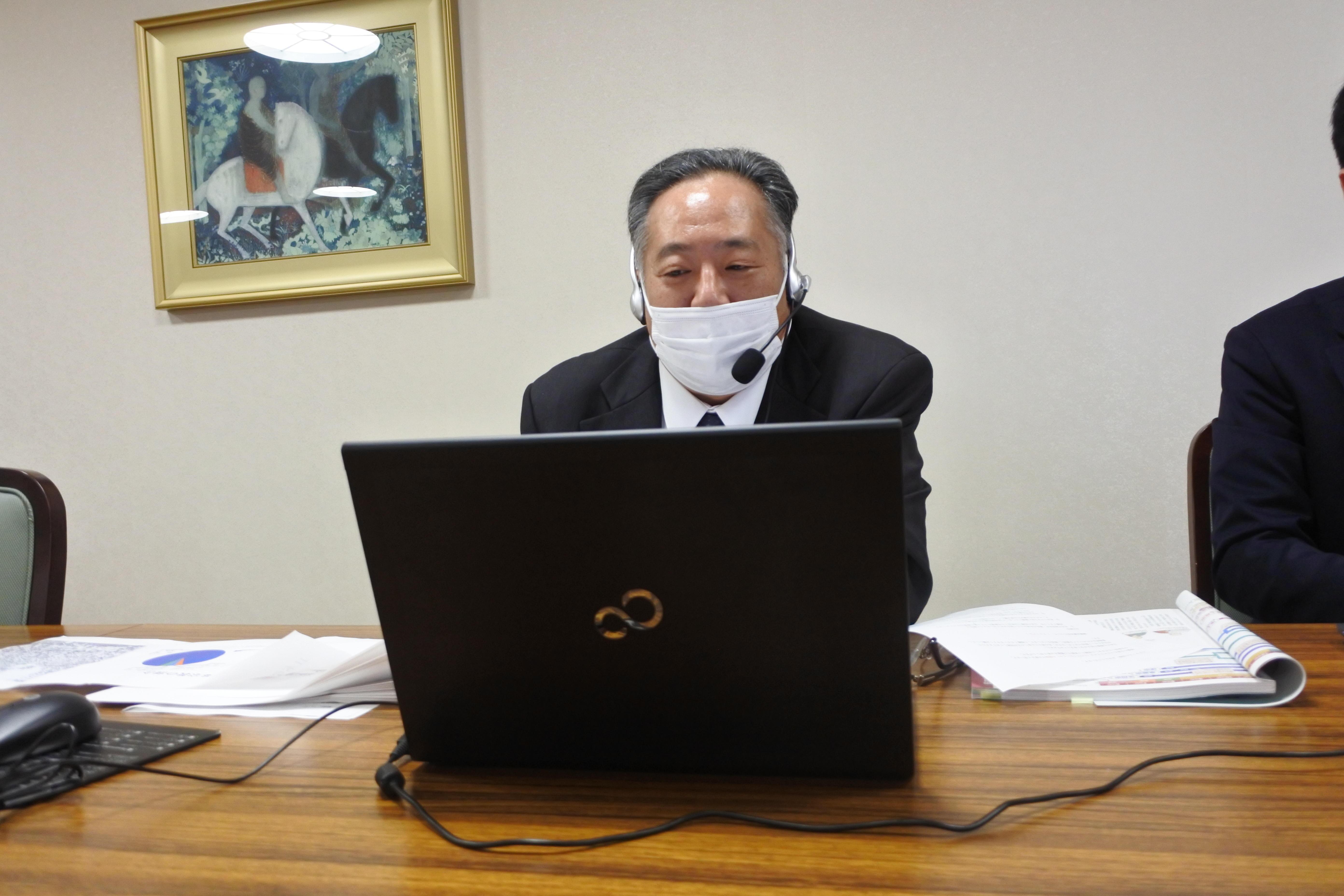 竹内営業部長