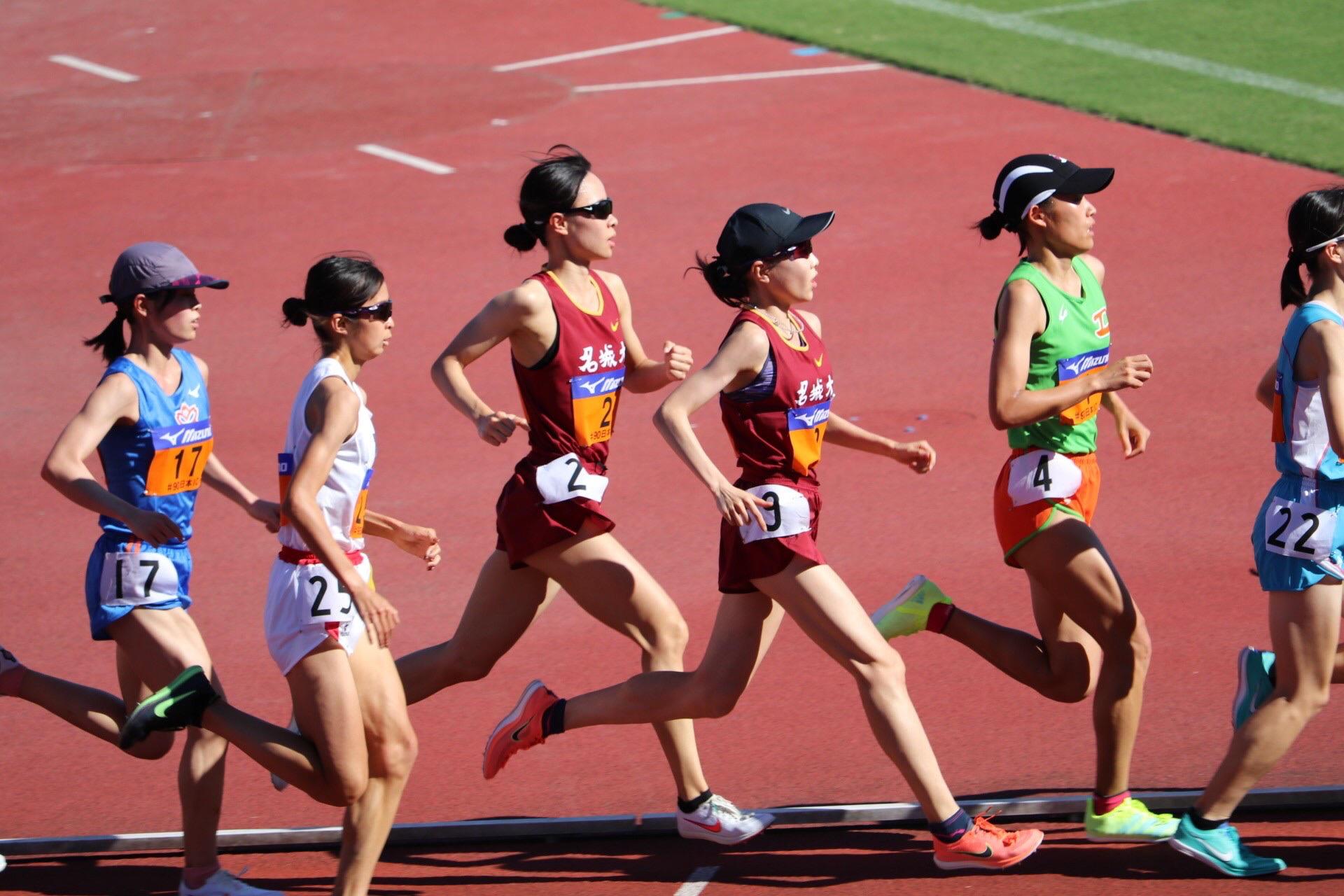 5000mでの小林選手と山本選手