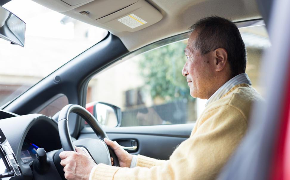 高齢者と自動運転