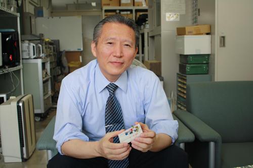 「研究成果が世に出る時こそ研究者として一番うれしい瞬間」と語る都竹教授