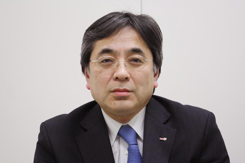 「実験に打ち込む恩師の後ろ姿を見て研究者の道を選ぼうと思った」と語る柴田さん